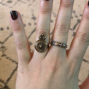 Set of 6 urban outfitter rings size 5/6/7